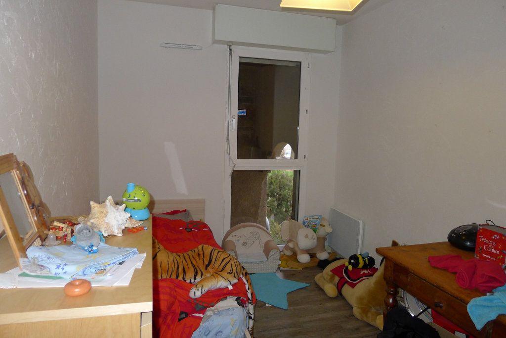 Appartement à louer 4 80m2 à Dijon vignette-6