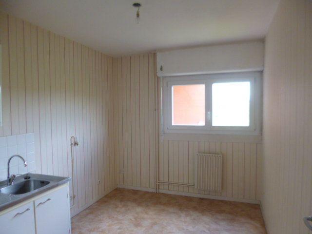 Appartement à vendre 3 62.37m2 à Le Creusot vignette-4