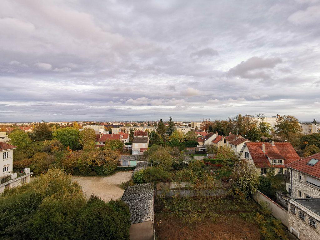 Appartement à vendre 4 62m2 à Dijon vignette-2