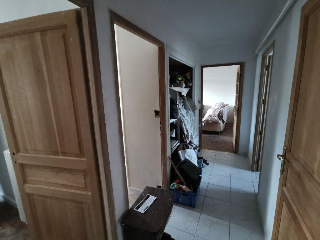 Appartement à vendre 4 62m2 à Dijon vignette-3