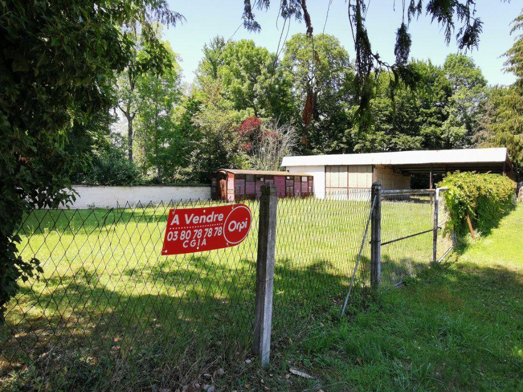Terrain à vendre 0 1605m2 à Venarey-les-Laumes vignette-1