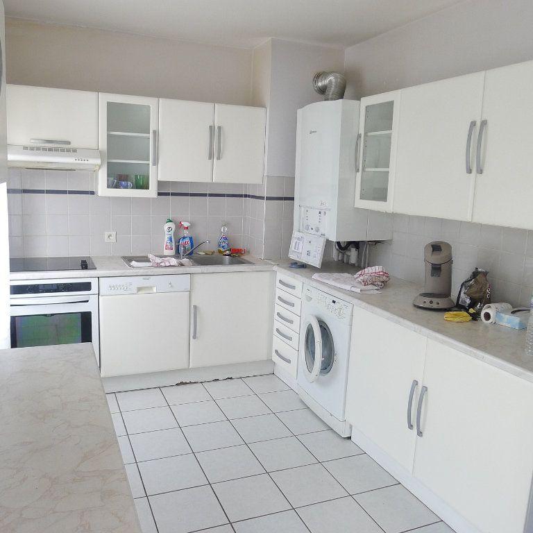 Appartement à louer 5 106.07m2 à Dijon vignette-2