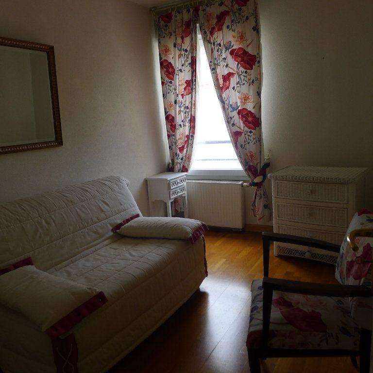 Appartement à louer 5 106.07m2 à Dijon vignette-4