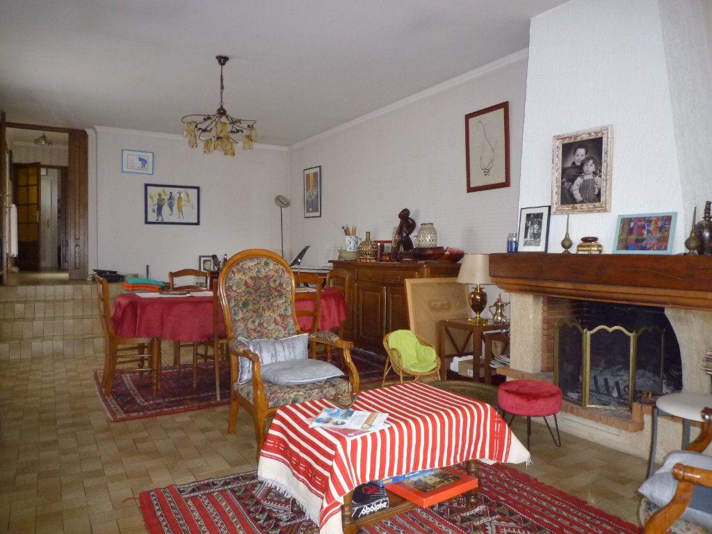 Maison à vendre 6 130m2 à Dijon vignette-3