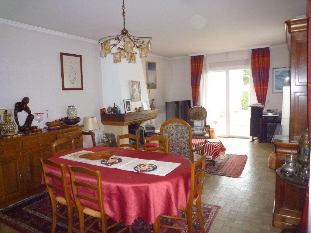 Maison à vendre 6 130m2 à Dijon vignette-4
