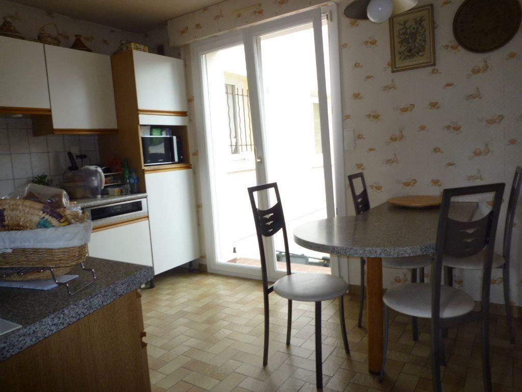 Maison à vendre 6 130m2 à Dijon vignette-7