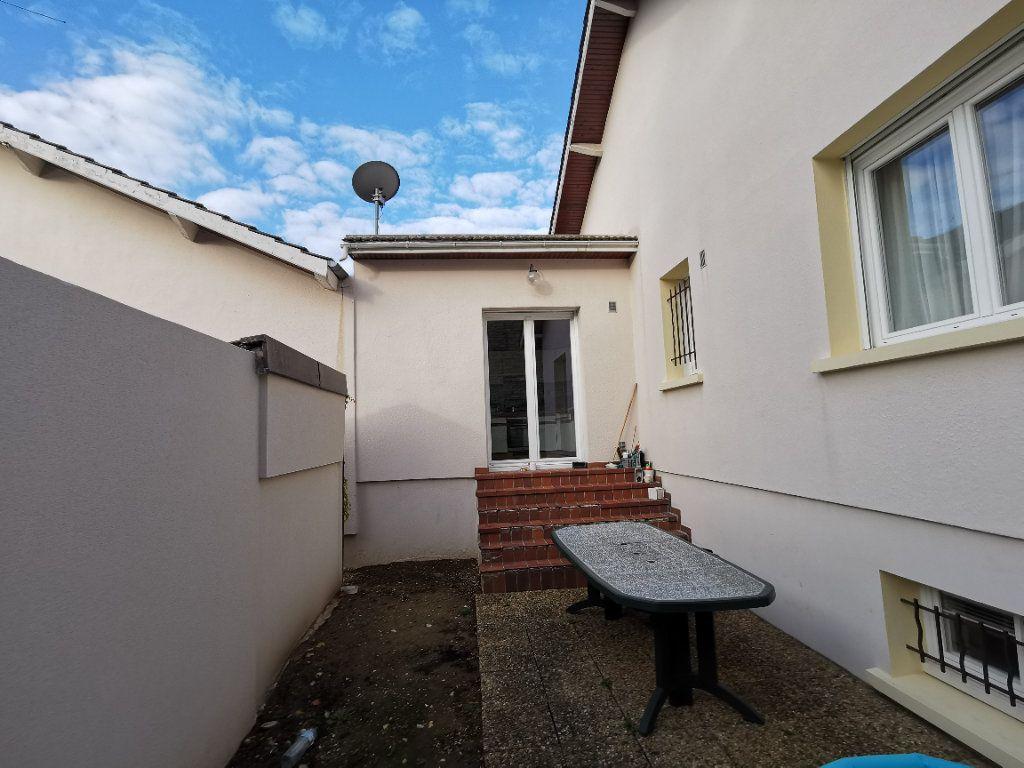 Maison à vendre 6 130m2 à Dijon vignette-13