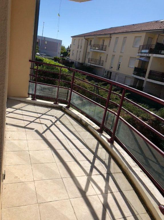 Appartement à louer 2 50.4m2 à Dijon vignette-6