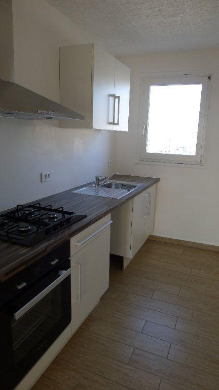Appartement à vendre 3 52.7m2 à Dijon vignette-3