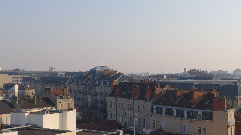 Appartement à vendre 3 52.7m2 à Dijon vignette-4