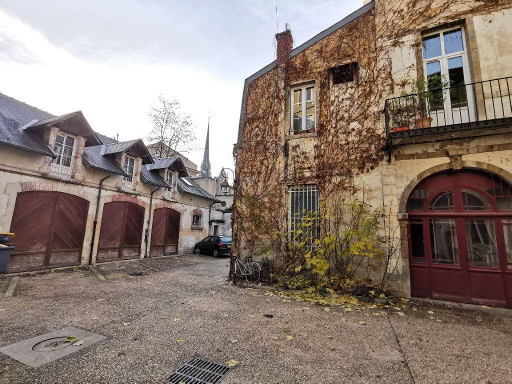 Appartement à vendre 2 35m2 à Dijon vignette-3