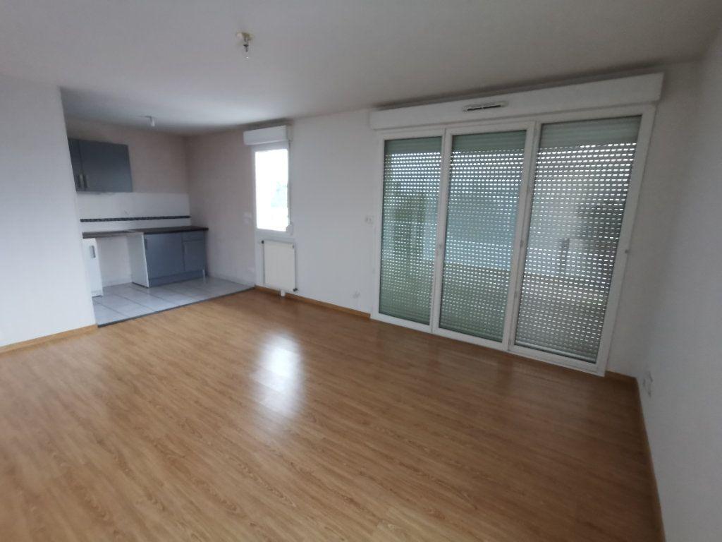 Appartement à vendre 3 60.02m2 à Dijon vignette-2