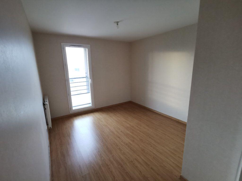 Appartement à vendre 3 60.02m2 à Dijon vignette-6