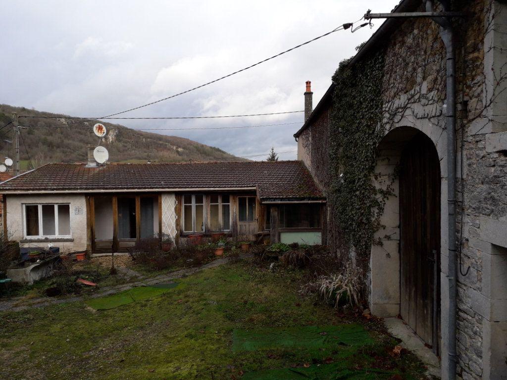 Maison à vendre 5 120m2 à Bligny-sur-Ouche vignette-1