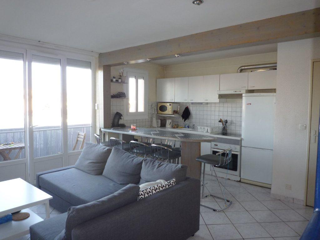 Appartement à vendre 3 53.15m2 à Dijon vignette-1