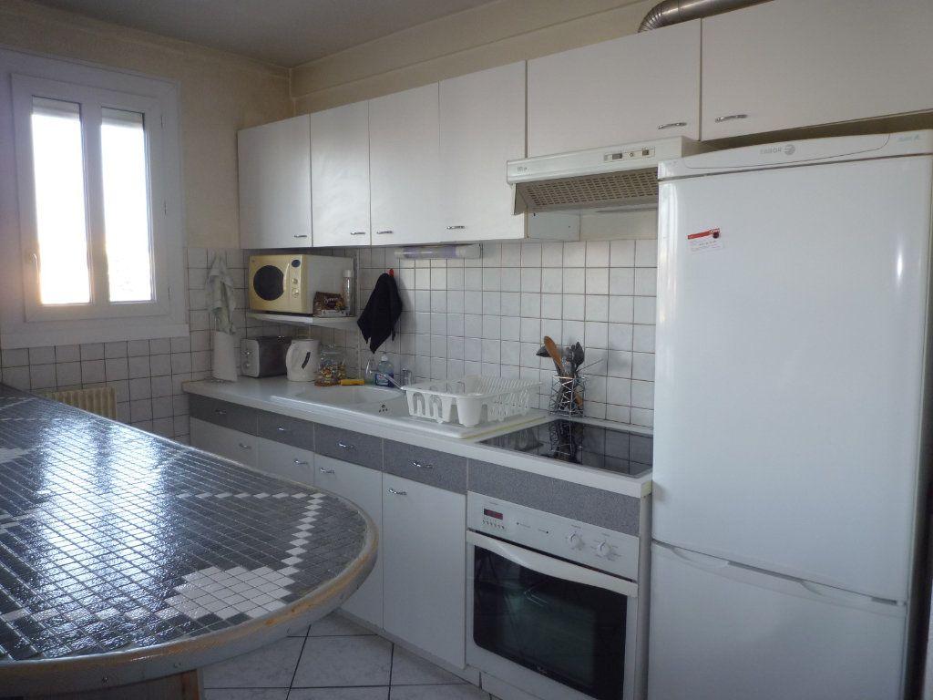 Appartement à vendre 3 53.15m2 à Dijon vignette-2