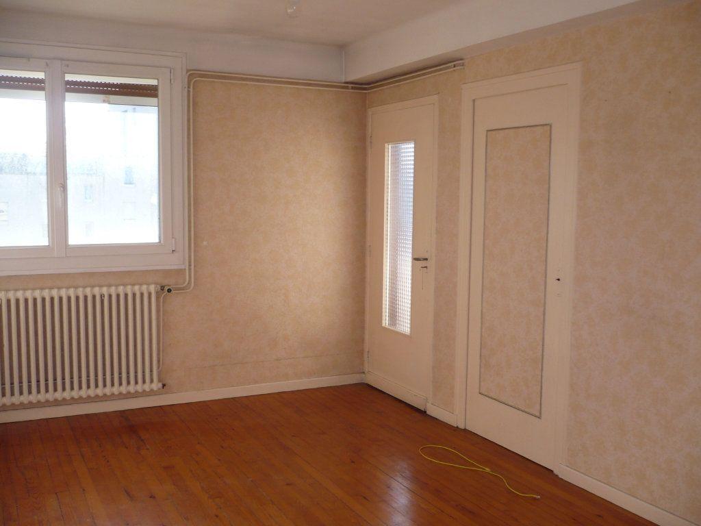 Appartement à vendre 3 54m2 à Dijon vignette-2