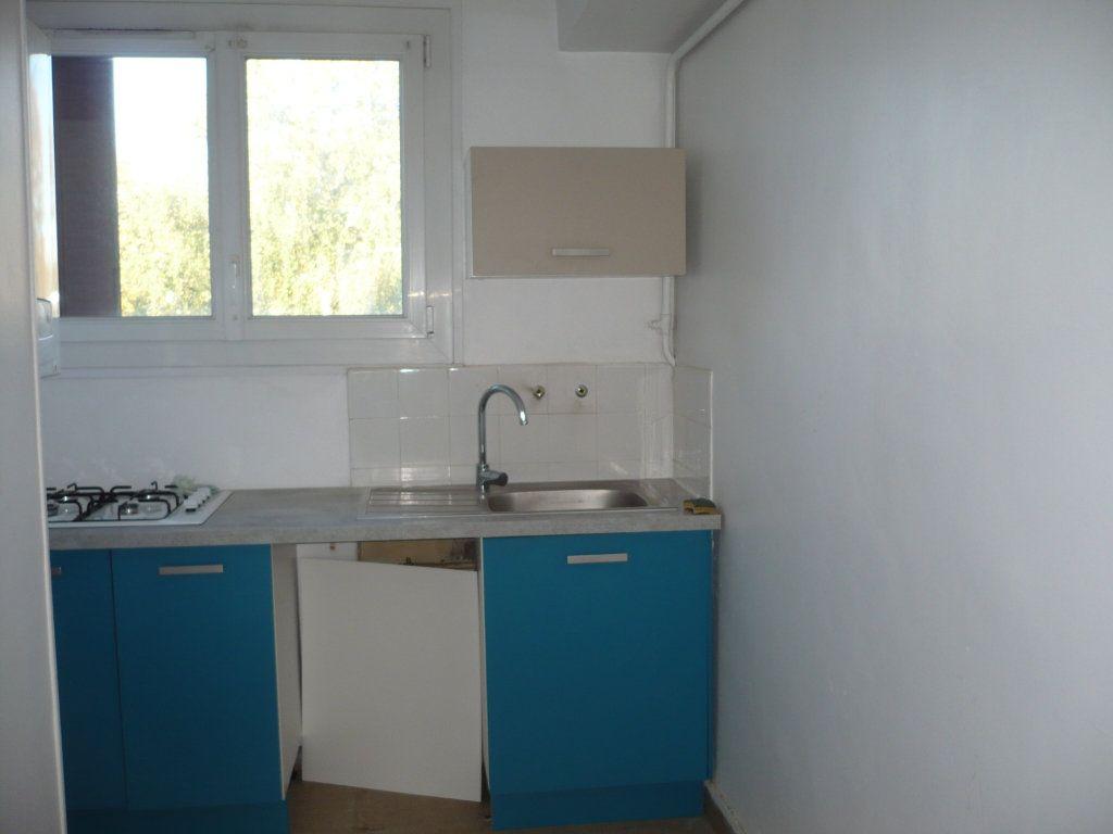 Appartement à vendre 3 54m2 à Dijon vignette-3