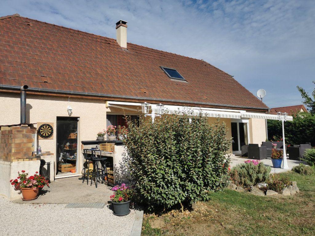 Maison à vendre 6 150m2 à Saint-Léger-Triey vignette-1