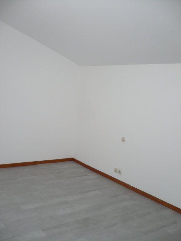 Appartement à louer 2 53.36m2 à Rouvres-en-Plaine vignette-4