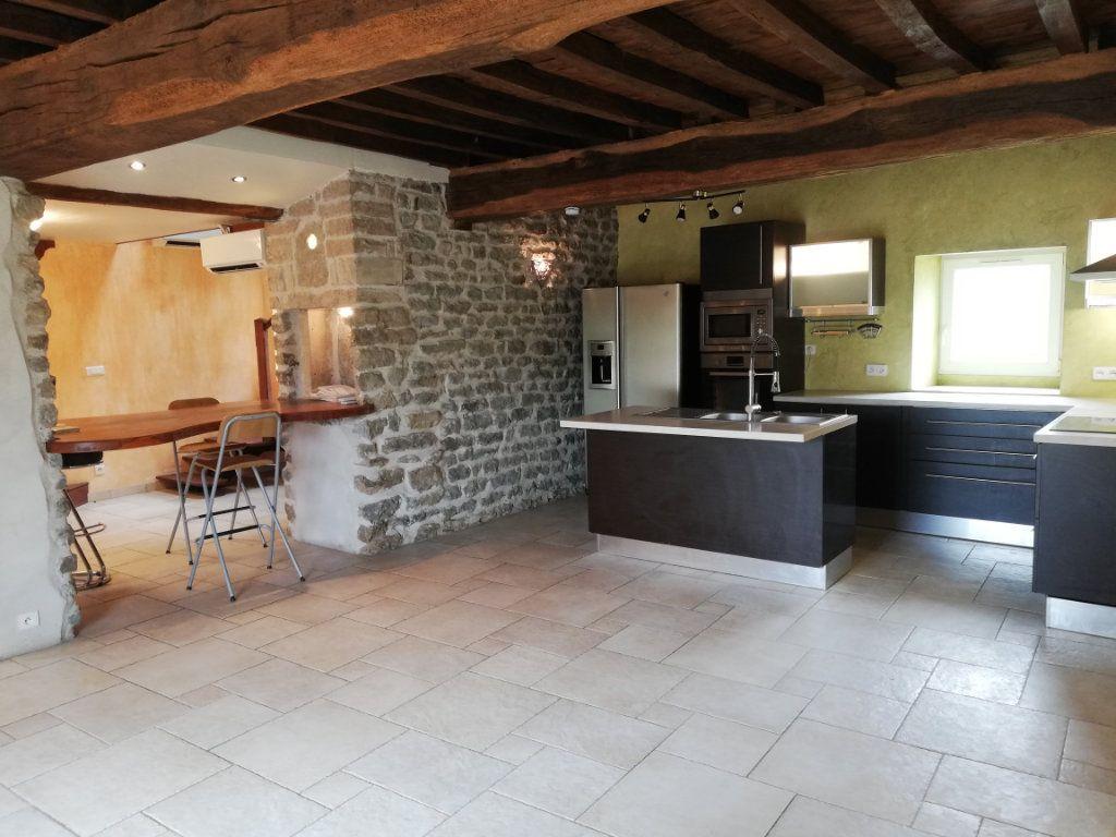 Maison à vendre 3 120m2 à Antigny-la-Ville vignette-1