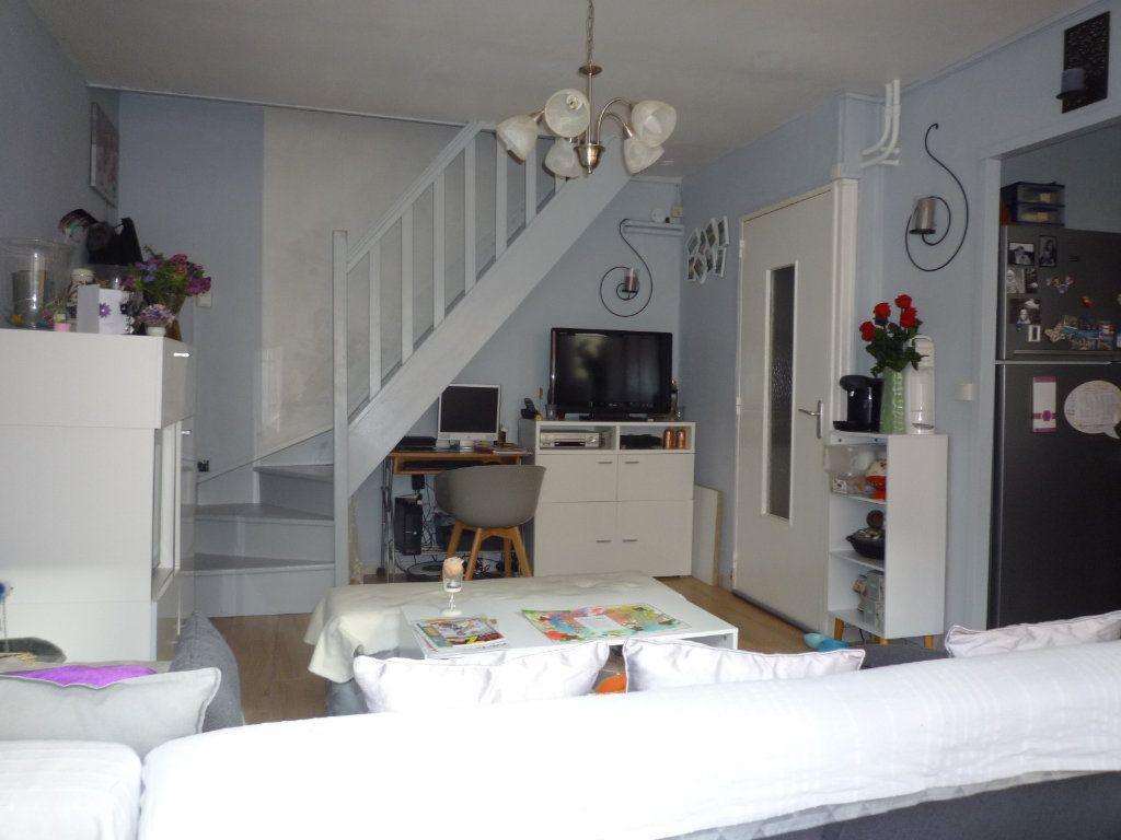 Appartement à vendre 4 67.4m2 à Dijon vignette-4