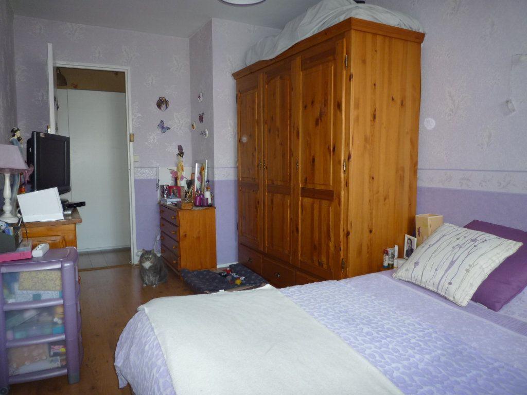 Appartement à vendre 4 67.4m2 à Dijon vignette-6