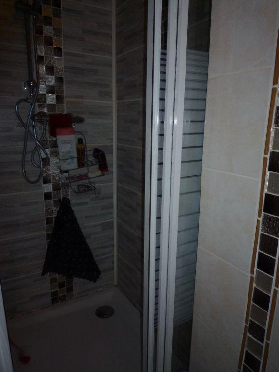 Appartement à vendre 4 67.4m2 à Dijon vignette-9