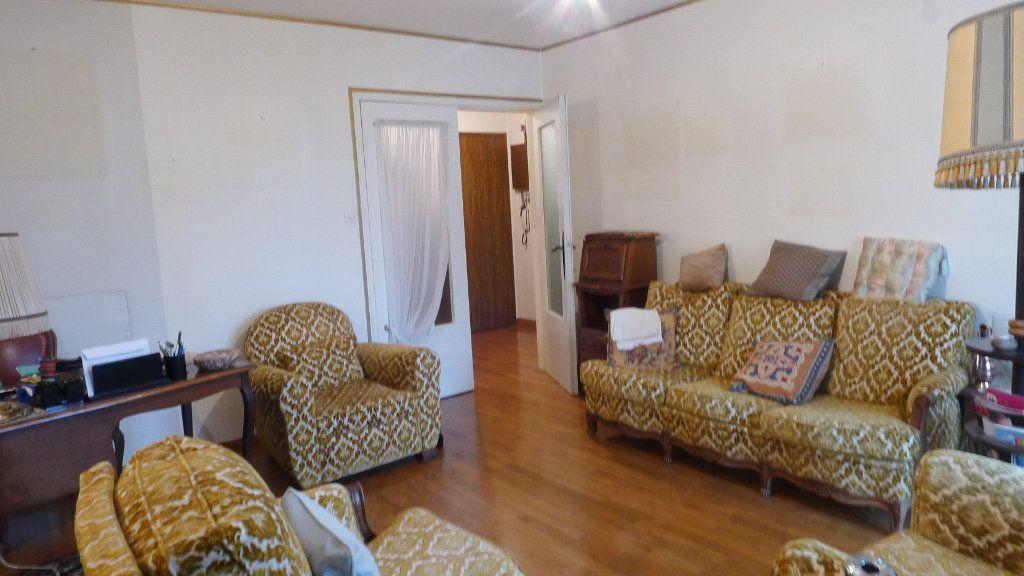 Appartement à vendre 5 92.97m2 à Dijon vignette-5