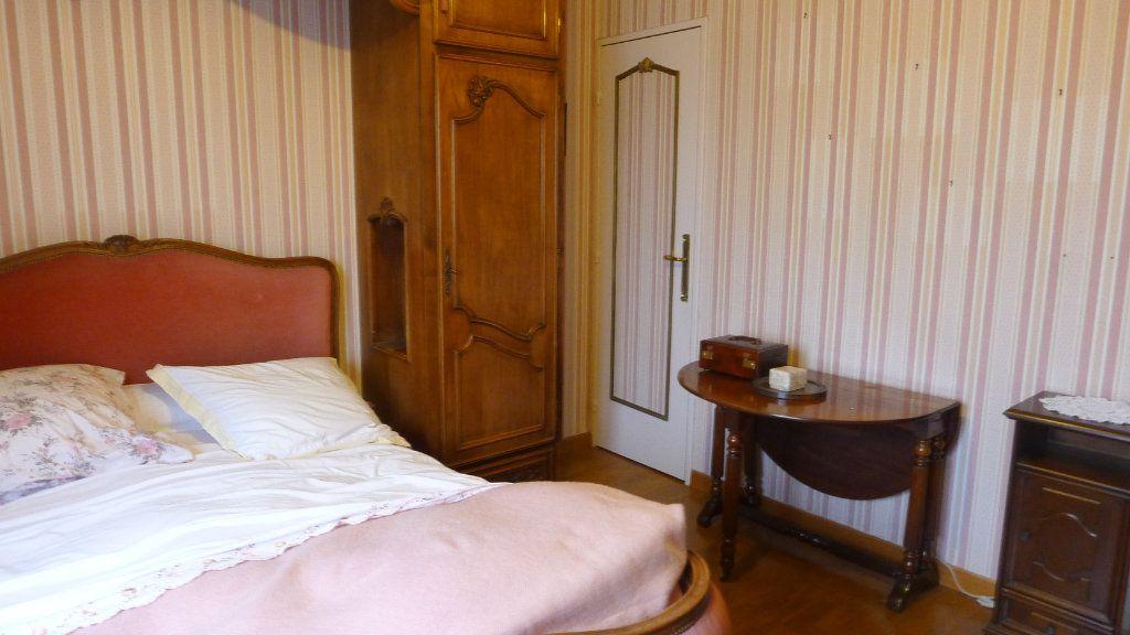 Appartement à vendre 5 92.97m2 à Dijon vignette-9