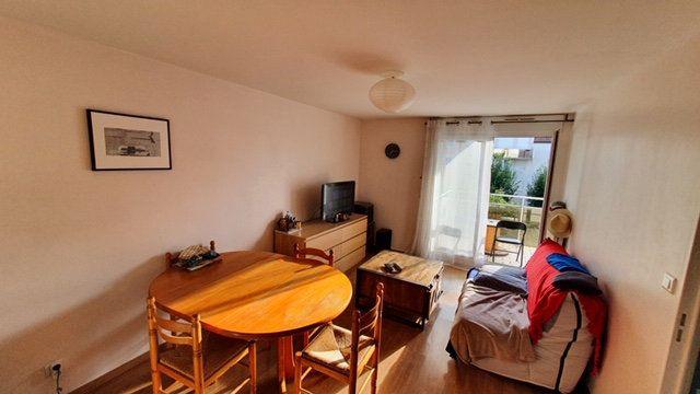 Appartement à louer 2 42m2 à Dijon vignette-2