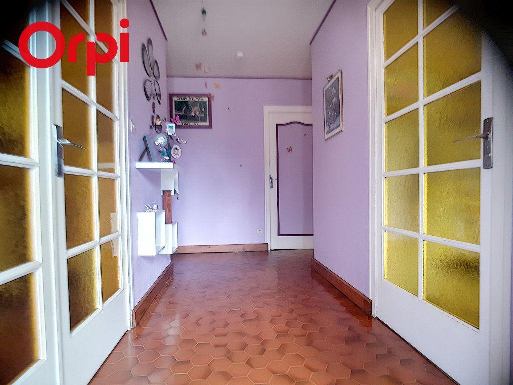 Maison à vendre 5 104m2 à Foissiat vignette-5