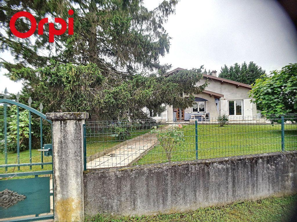 Maison à vendre 5 104m2 à Foissiat vignette-14
