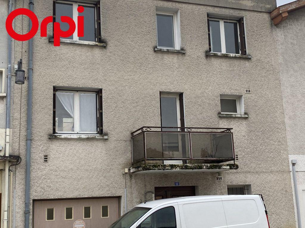 Maison à vendre 5 78m2 à Montrevel-en-Bresse vignette-1