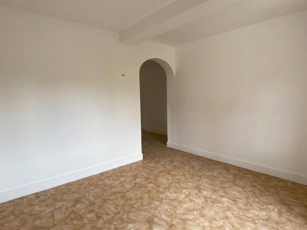 Maison à vendre 5 78m2 à Montrevel-en-Bresse vignette-2