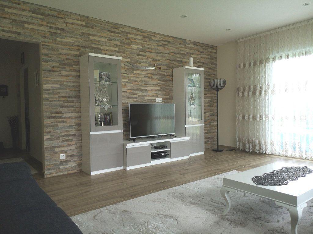 Maison à vendre 6 116.55m2 à Saint-Étienne-du-Bois vignette-3
