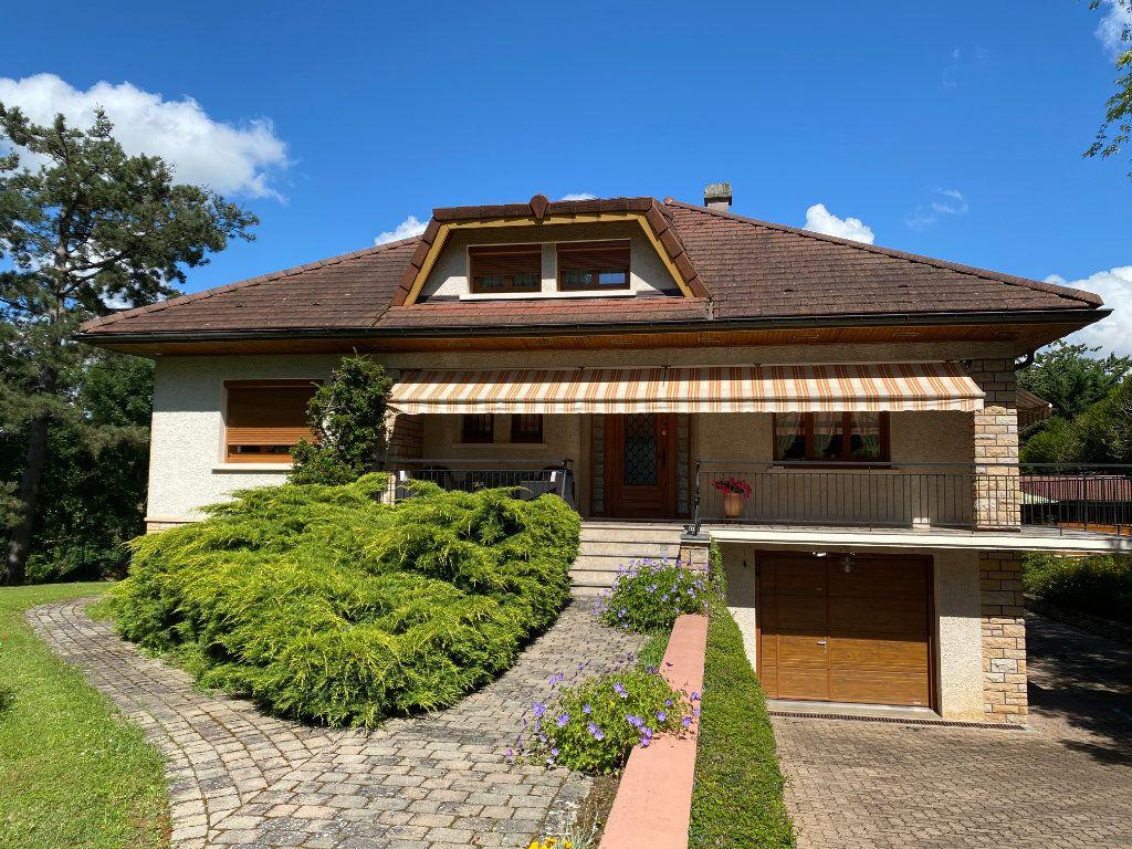 Maison à vendre 7 188m2 à Montrevel-en-Bresse vignette-2