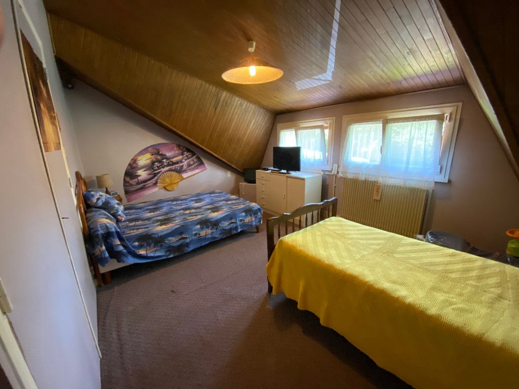 Maison à vendre 7 188m2 à Montrevel-en-Bresse vignette-8