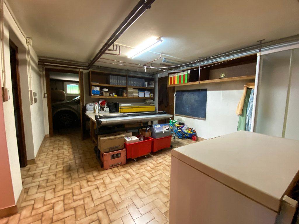 Maison à vendre 7 188m2 à Montrevel-en-Bresse vignette-14