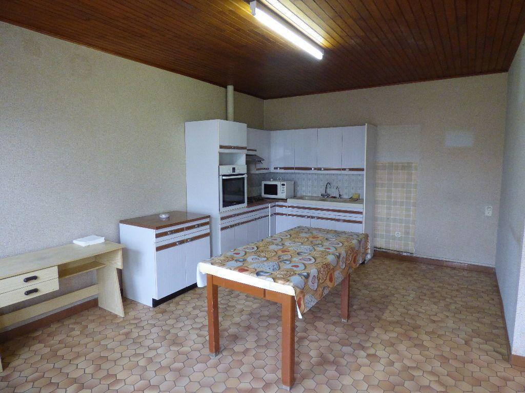 Maison à vendre 5 81m2 à Saint-Trivier-de-Courtes vignette-1