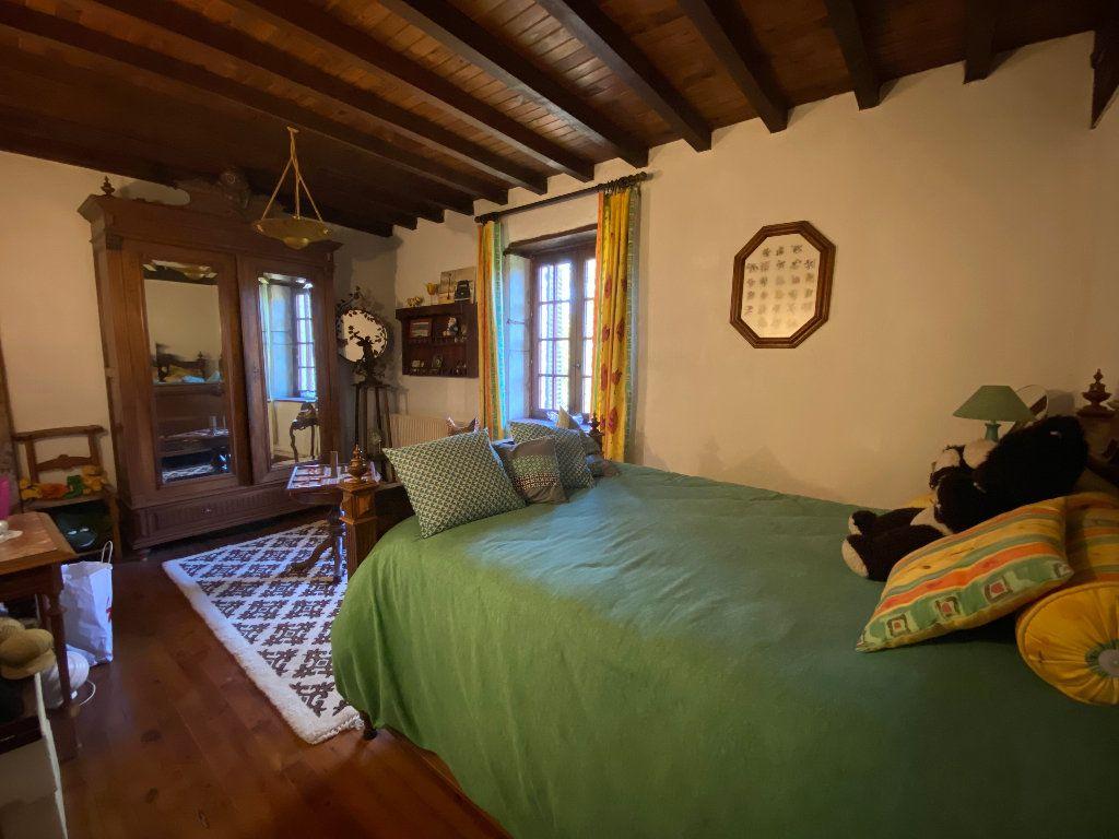 Maison à vendre 10 380.5m2 à Attignat vignette-17