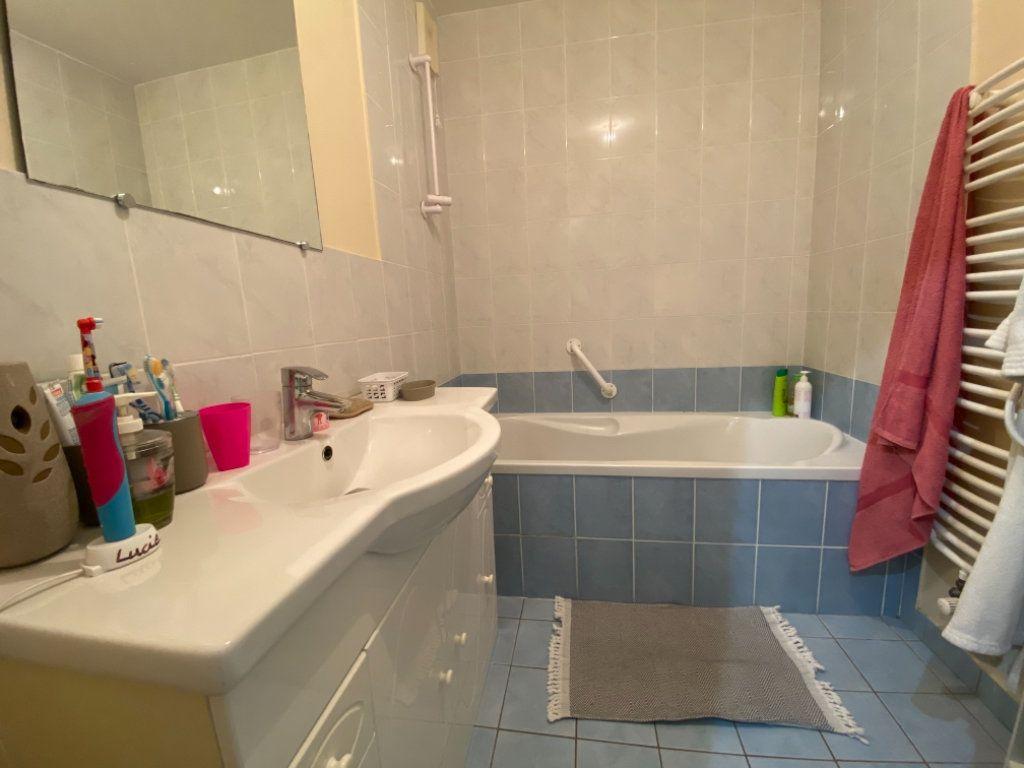 Appartement à vendre 5 87.55m2 à Attignat vignette-12