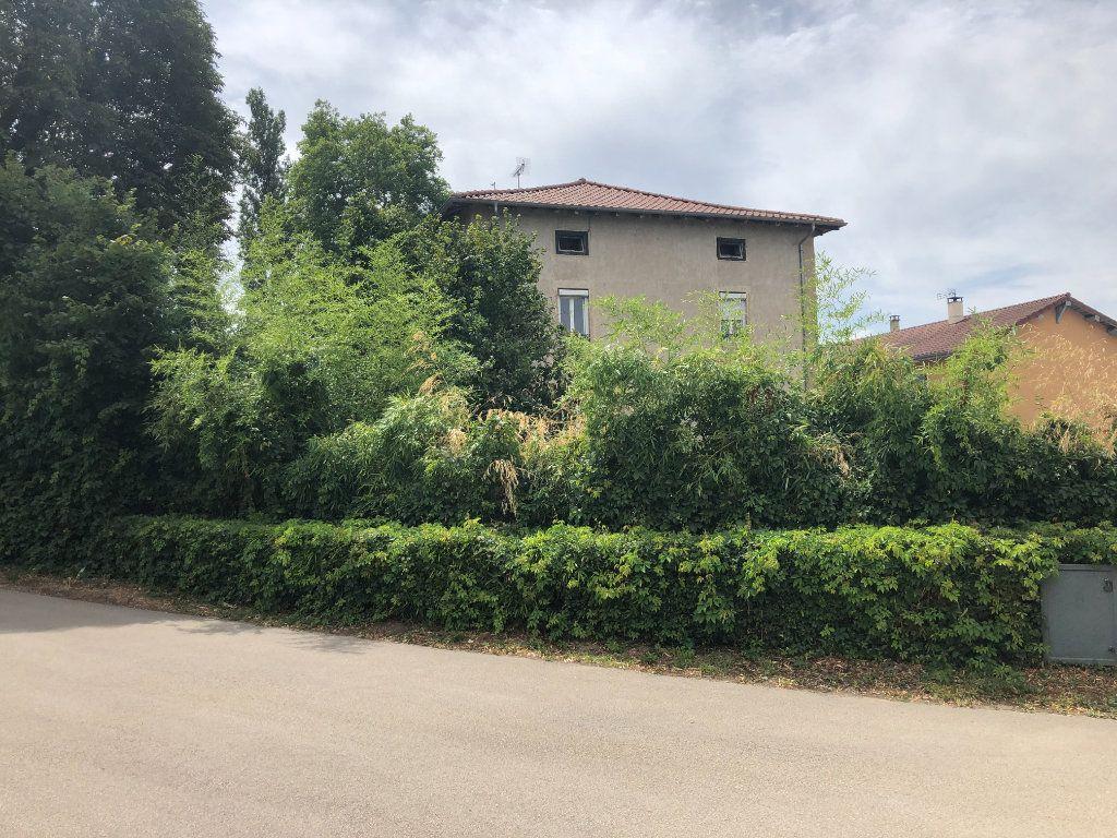 Maison à vendre 5 118m2 à Saint-Trivier-de-Courtes vignette-1