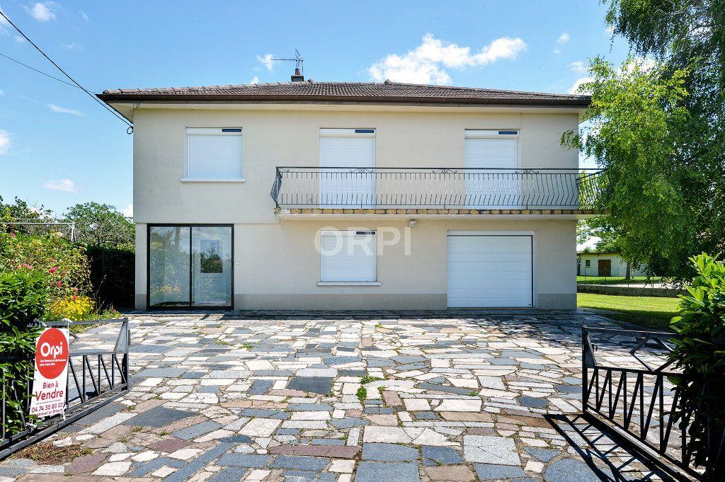 Maison à vendre 5 140m2 à Foissiat vignette-1
