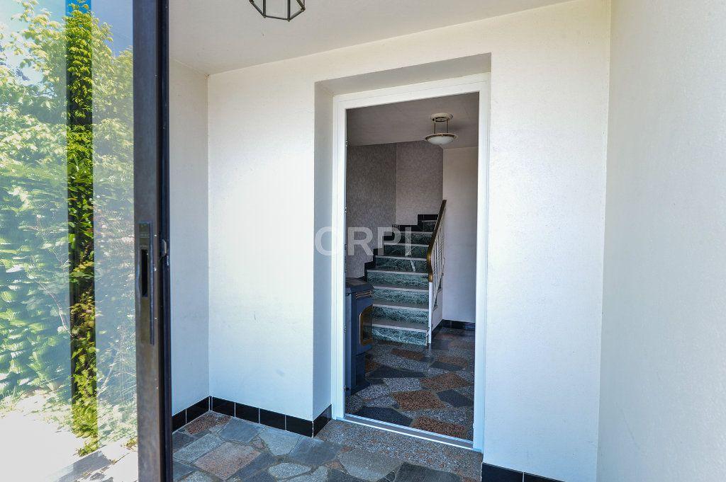 Maison à vendre 5 140m2 à Foissiat vignette-4