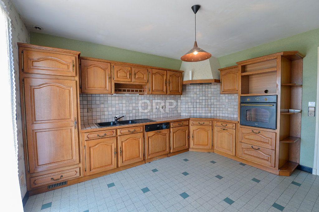 Maison à vendre 5 140m2 à Foissiat vignette-6