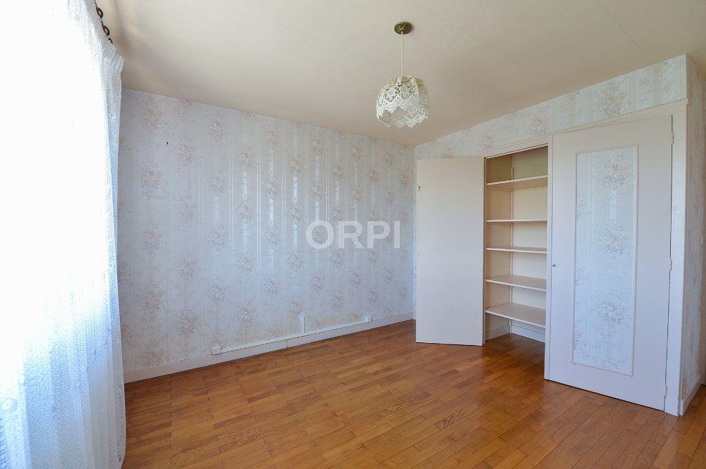Maison à vendre 5 140m2 à Foissiat vignette-9