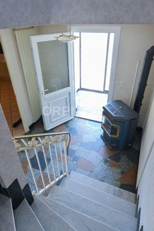 Maison à vendre 5 140m2 à Foissiat vignette-11