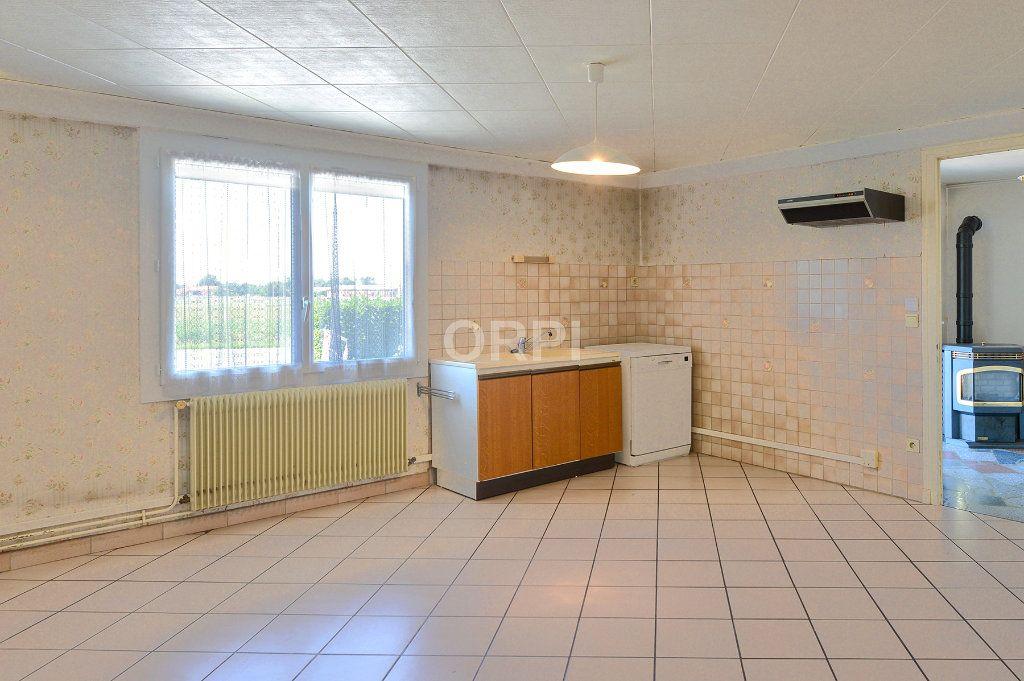 Maison à vendre 5 140m2 à Foissiat vignette-12