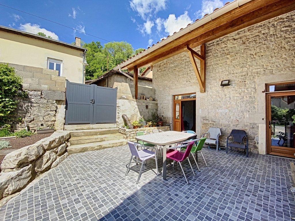 Maison à vendre 5 137m2 à Balanod vignette-2